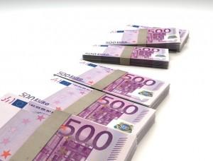 money-finance-bills-500